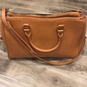 Faux saffiano leather laptop/work bag 💼
